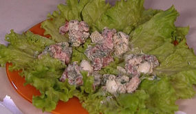 Скандинавский салат с креветками