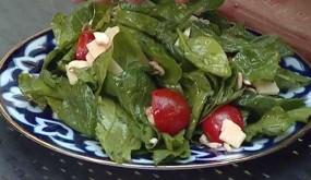 Салат из шампиньонов с пармезаном