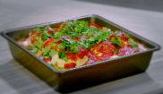 Тефтельки из индейки запеченные в томатном соусе на картофельном пюре
