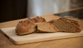 Ржаной хлеб с грудинкой