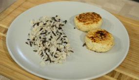 Куриные котлеты с рисом микс
