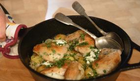 Курица с картофелем и квашеной капустой